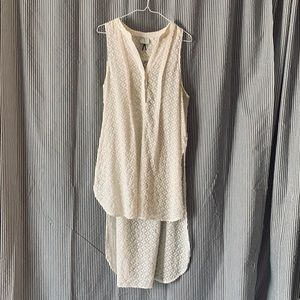 Anthropologie white tunic, sleeveless blouse